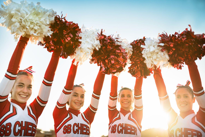 Cheerleaders-58e514b45f9b58ef7e5a9494